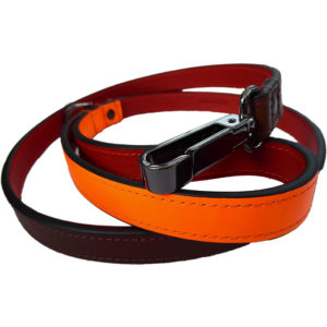 An Alice Foxx Lee dog lead with neon orange handle - clip detail